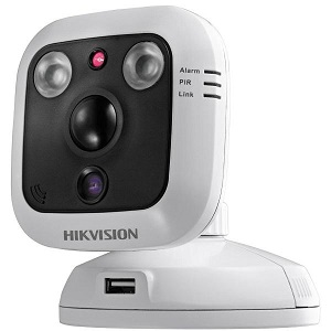 IP видеокамера Hikvision DS-2CD2C10F-IW (4 мм)